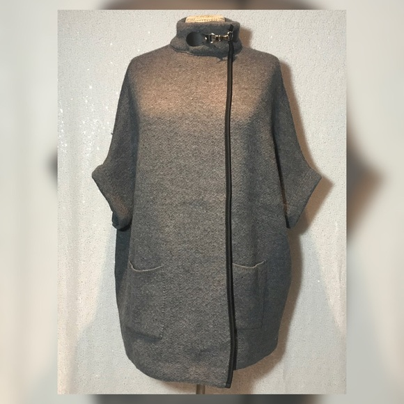 Cejon Cape Jacket sweater Grey One Size NWT